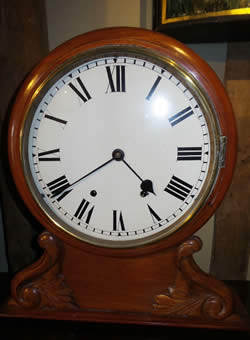8 day mahogany Gallery Clock striking on a gong