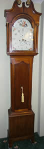 Nicely proportioned mid 19th century oak and mahogany Longcase Clock